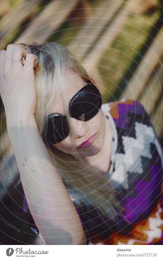 Entengesicht Lifestyle elegant Freude schön harmonisch Ferien & Urlaub & Reisen Ausflug Abenteuer Freiheit Feste & Feiern Flirten Mensch feminin Junge Frau