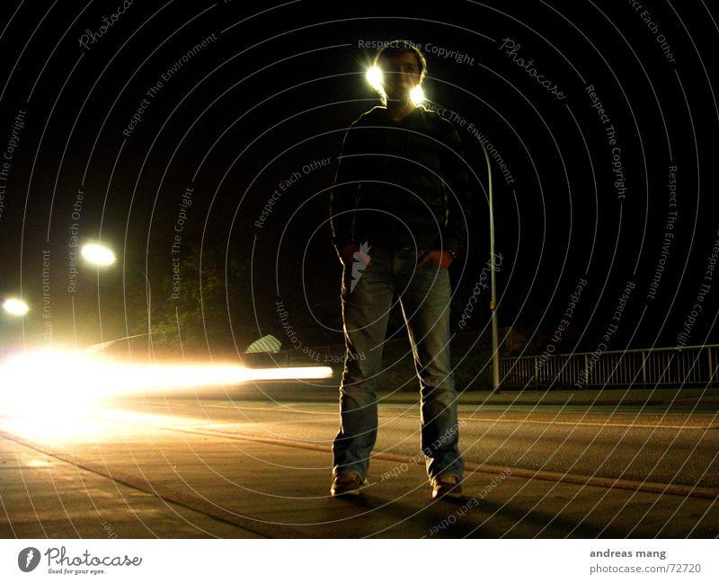 Standing at the road - Pt. I Frau Einsamkeit Straße dunkel Bewegung PKW Linie Beleuchtung Geschwindigkeit stehen Streifen Laterne Dynamik erleuchten