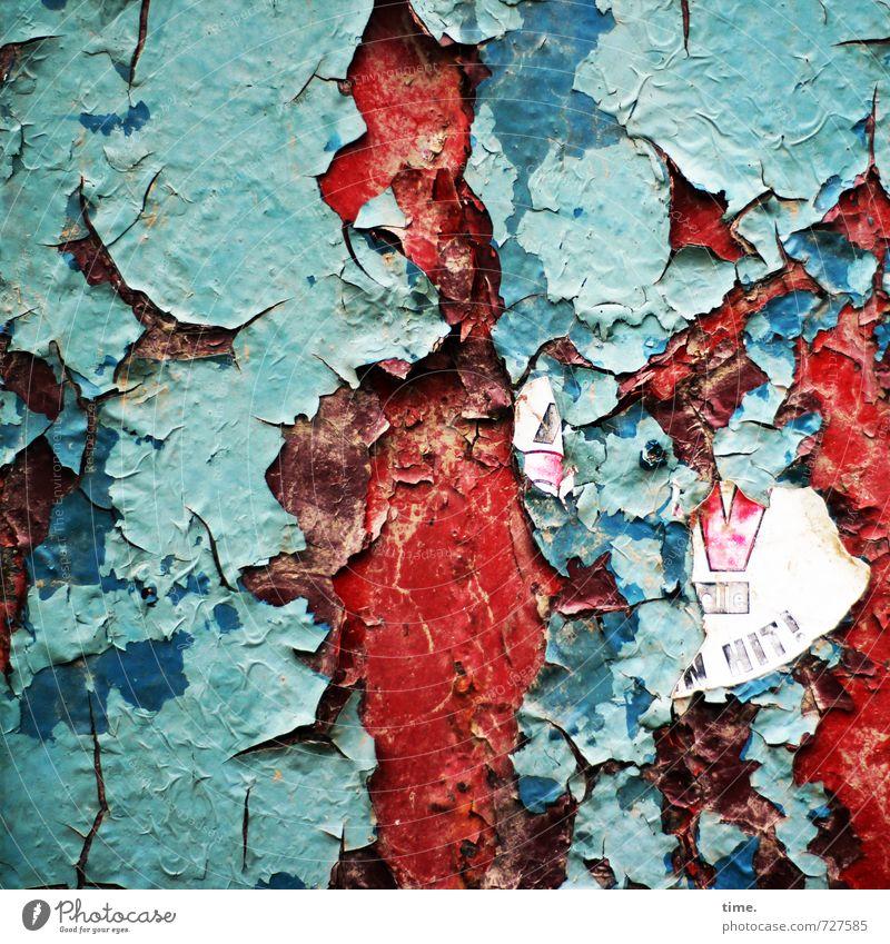 wilder bunter Lebensabend Pfosten Säule Lack alt authentisch hässlich historisch kaputt trashig Stadt rot türkis Neugier Tod Müdigkeit Schmerz Endzeitstimmung