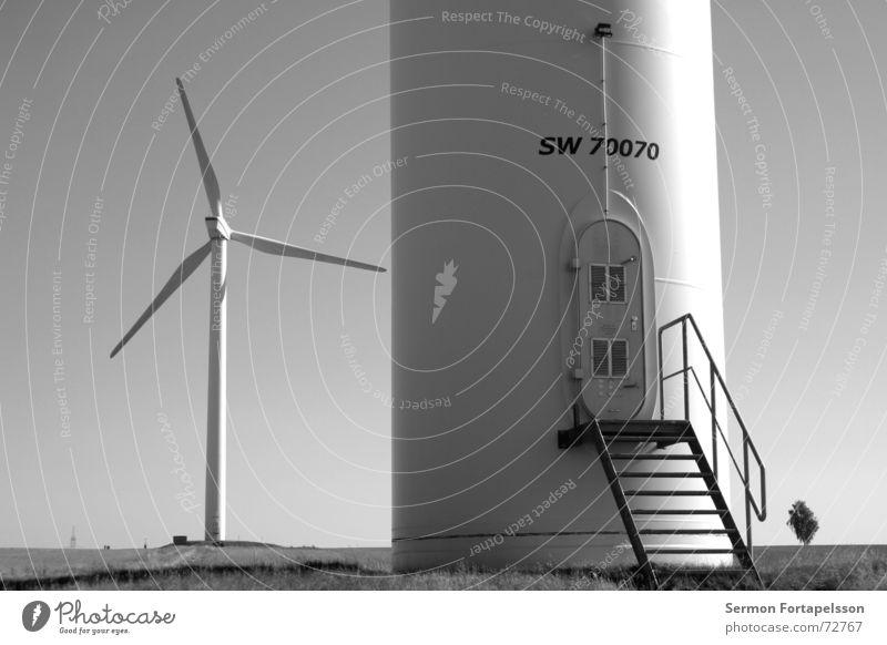 X---| Himmel Sommer Einsamkeit Wolken Landschaft Wiese Architektur Traurigkeit Kraft Wind Feld Energiewirtschaft stehen Elektrizität einzeln Industriefotografie
