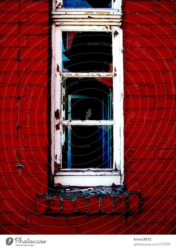 House of Hell alt rot Haus schwarz Tod Fenster dunkel Wand grau Stein Mauer Gebäude Traurigkeit Raum Wohnung Glas
