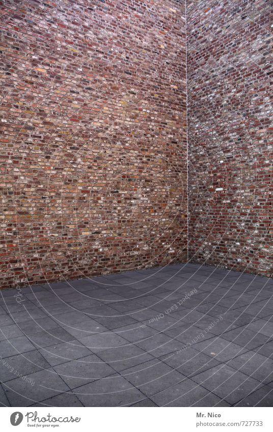 Textfreiraum | nichts Bauwerk Gebäude Architektur Mauer Wand Fassade grau rot Stein Beton Betonplatte Boden Ecke Traumhaus Linie eckig leer Farbfoto