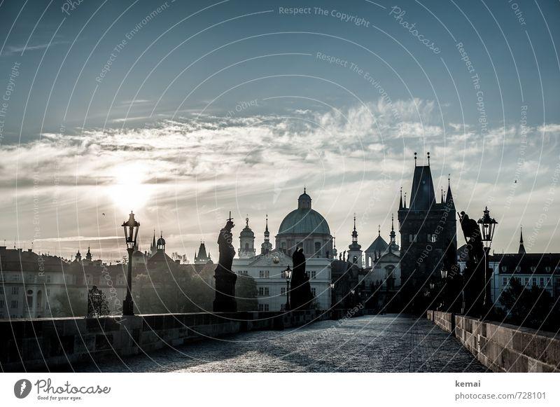 Karluv Most Ferien & Urlaub & Reisen Tourismus Sightseeing Städtereise Himmel Wolken Sonne Sonnenaufgang Sonnenuntergang Sonnenlicht Prag Stadt Hauptstadt