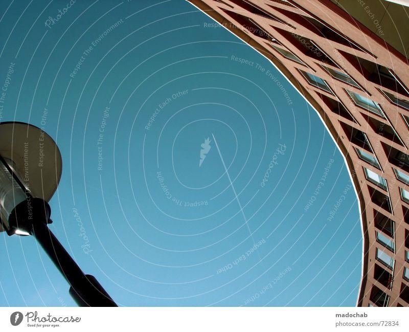 WHITE WIDOW | architecture gebäude haus building sky himmel Himmel blau Wolken Haus Fenster Leben Architektur Gebäude Freiheit fliegen oben
