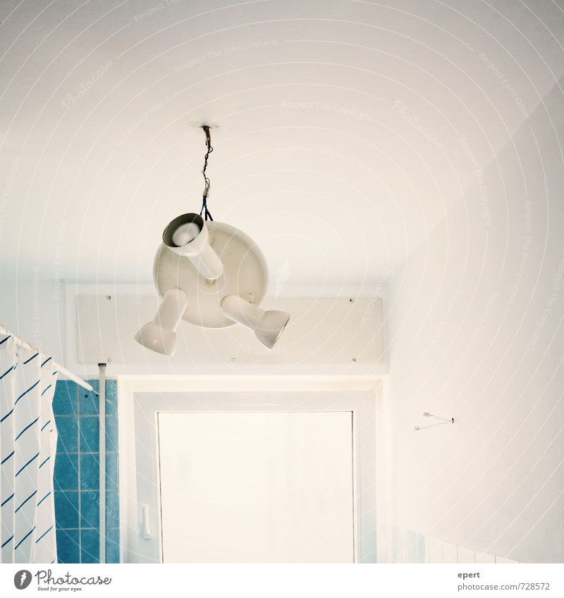 Low Budget Kronleuchter Wohnung Innenarchitektur Dekoration & Verzierung Lampe Raum Bad Kabel Fenster hängen einzigartig Gelassenheit Optimismus skurril