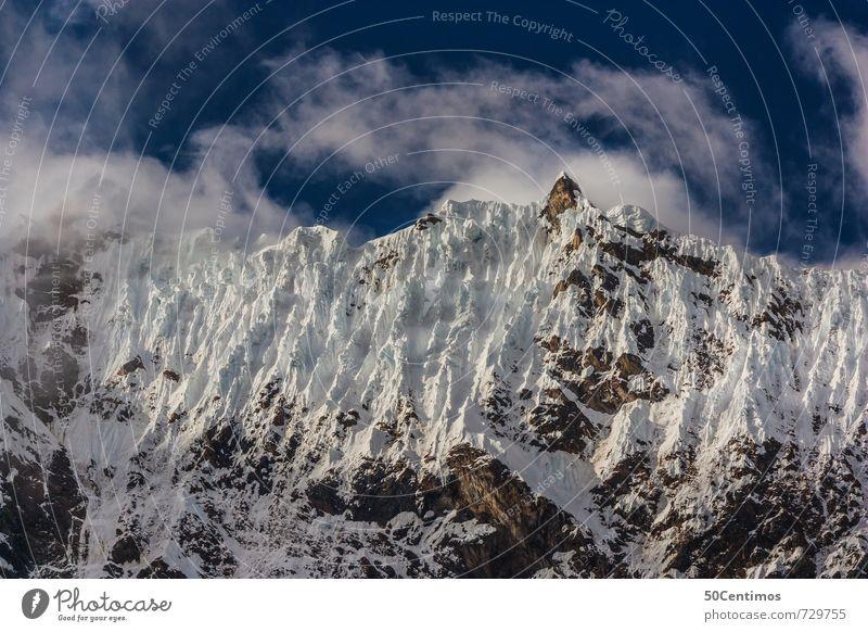 Schnee in den Bergen Ferien & Urlaub & Reisen Tourismus Ausflug Abenteuer Ferne Freiheit Winter Winterurlaub Berge u. Gebirge wandern Skipiste Eis Frost Gipfel
