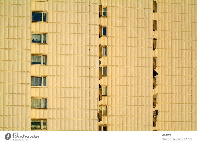 noch sone Leiche Fassade Fassadenverkleidung Kühlschrank Sechziger Jahre Fenster Balkon Raster Bla Architektur