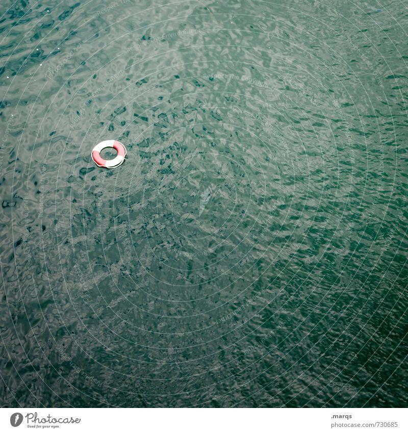 Rettung Wasser Rettungsring Zeichen Angst Hilfsbereitschaft Notfall maritim Badeurlaub ertrinken SOS Sicherheit untergehen Farbfoto Außenaufnahme