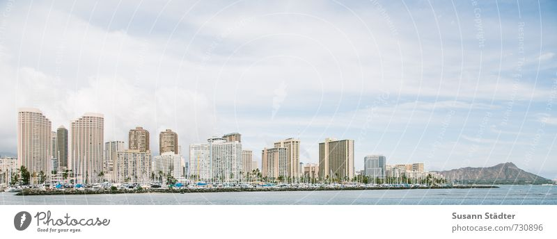 Waikiki Stadt Strand Bewegung Architektur außergewöhnlich Business Häusliches Leben Hochhaus hoch Turm Hafen Bankgebäude Skyline Stadtzentrum Hauptstadt Handel