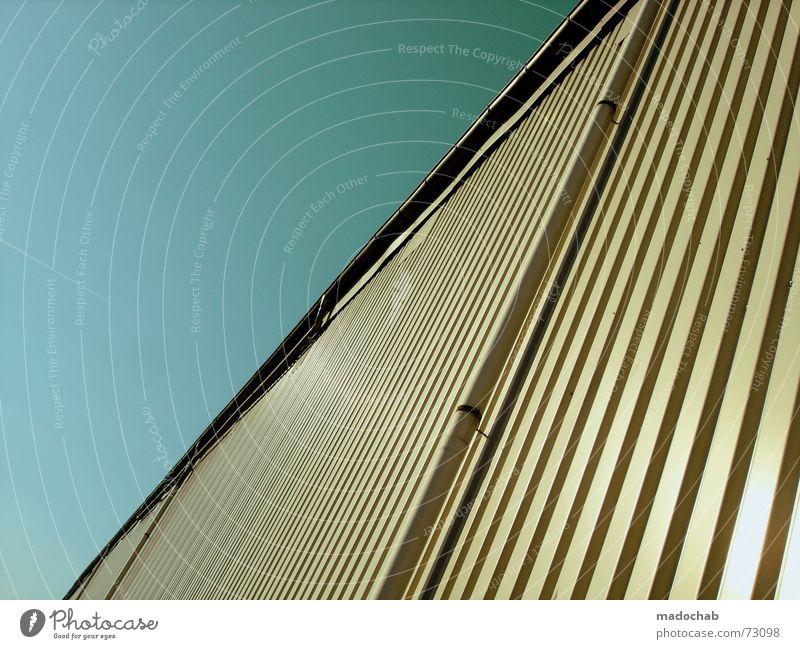 GAMMELFLEISCH | lager clean wand himmel storage muster pattern Himmel blau Wand Mauer Linie Industriefotografie einfach Teilung Grafik u. Illustration Blech Lager streben