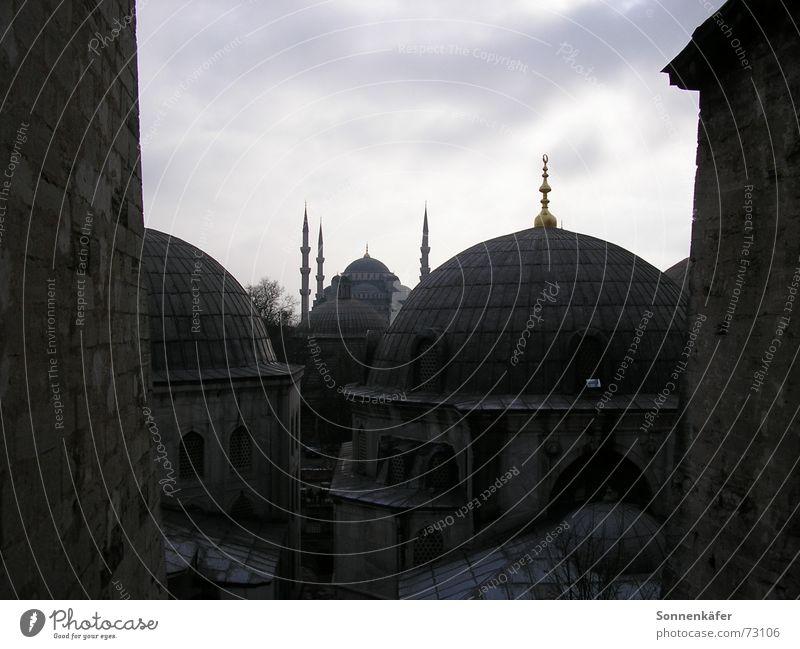 Moschee Istanbul Türkei Kuppeldach Islam Trauer kalt Religion & Glaube vor dem sturm Architektur