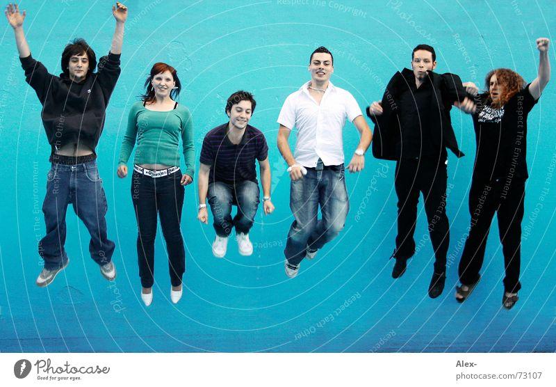 Airwave springen hüpfen Schwerelosigkeit Schwerkraft Wellen Fan schwingen Freak türkis Schwimmbad Mensch Mann Frau Ziel fertig Applaus heiter fliegen fallen