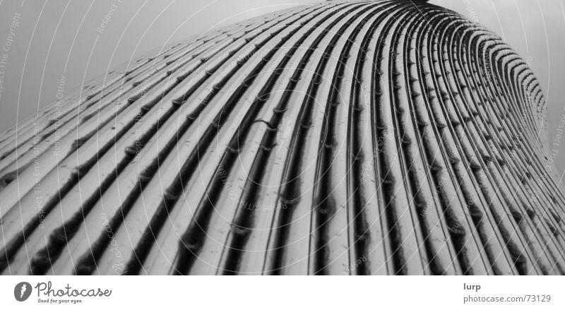 ... wenn moderne kunst alt wird Himmel Regen Metall Architektur ästhetisch Dinge Stahl Bauwerk Skulptur Aluminium Kiel Kunstwerk Schleswig-Holstein graue Wolken