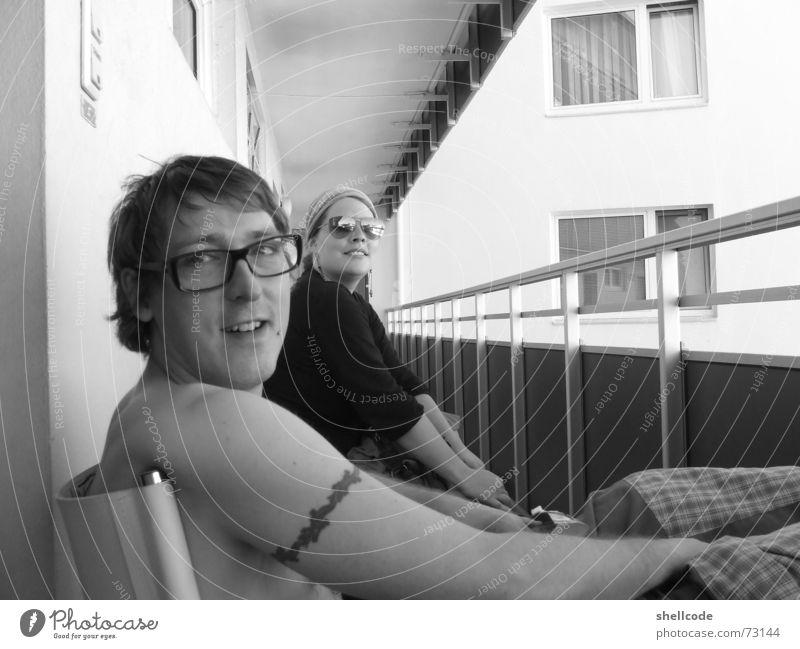 thelma & louise Brillenträger Nachbar Freundschaft Balkon matze lustigesau rudas