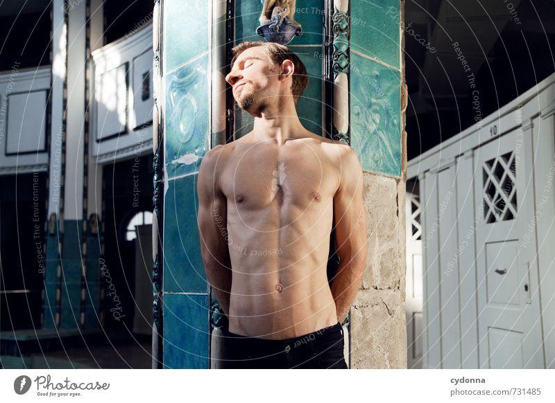HALLE/S TOUR | Gesicht zur Sonne Mensch Jugendliche schön Erholung ruhig 18-30 Jahre Junger Mann Erotik Erwachsene Leben Architektur Schwimmen & Baden