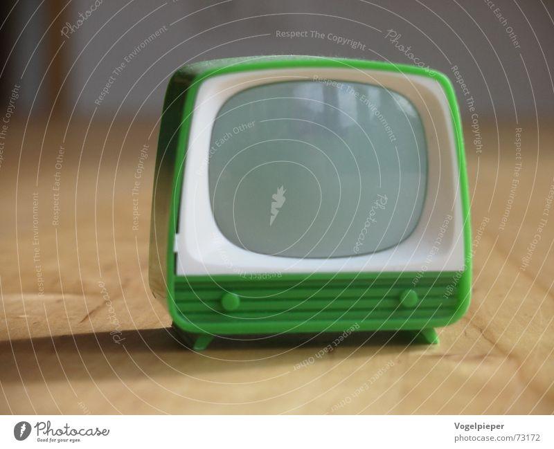 Ich glotz TV grün klein Design leer retro Fernseher Filmindustrie Fernsehen einfach Spielzeug Medien Kunststoff Bildschirm Video Entertainment Sechziger Jahre