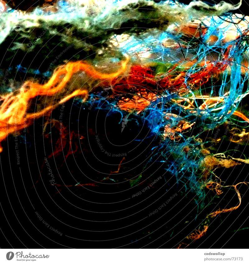 nylon colour chaos blau grün rot Farbe orange Seil ästhetisch kaputt außergewöhnlich Netzwerk Dinge Kunststoff obskur Nähgarn Nylon