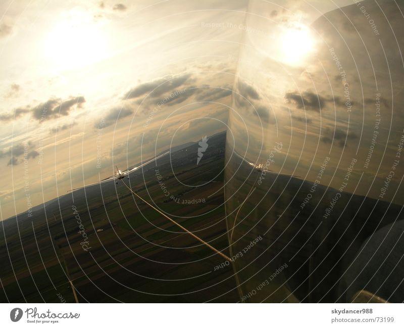 Rheintal bei Sonnenuntergang schön Sonne Wolken fliegen außergewöhnlich Flugzeug Romantik Flugsportarten beeindruckend Sonnenuntergang Segelfliegen Falken Segelflugzeug Rheintal