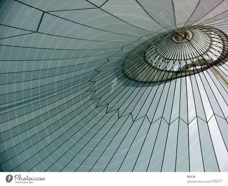 himmelszelt Jahr eng Zelt Dach Streifen rund Muster Mitte zentral harmonisch geschlossen Leichtigkeit luftig Abdeckung Stoff Himmel Sehnsucht Horizont ruhig