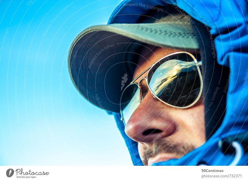Outdoor - Ein Mann auf Entdeckung Mensch Jugendliche Ferien & Urlaub & Reisen blau ruhig 18-30 Jahre Ferne Erwachsene Gesicht Freiheit Gesundheit Kopf