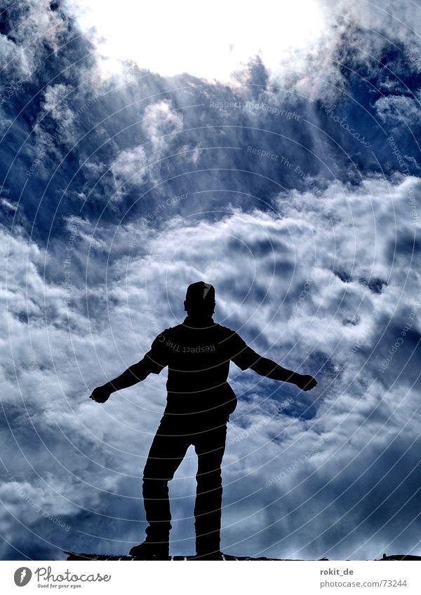Aber jetzt heb ich ab, oder auch nicht... Gleitschirmfliegen Tegelberg Wolken Mann Rampe Allgäu Beginn Freude Berge u. Gebirge Bergsteigen Himmel blau Schatten