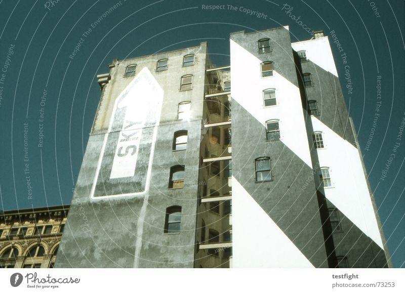 sky alt Himmel Stadt Haus oben Fenster Gebäude Beton Fassade USA Häusliches Leben Pfeil Amerika aufwärts San Francisco