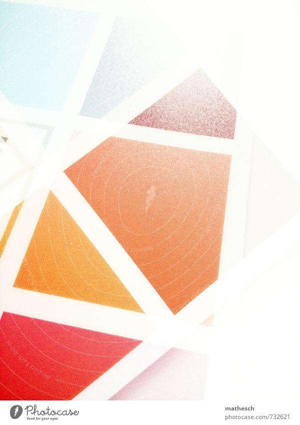 Hommage an .marqs Glas eckig hell Spitze blau braun gelb orange rot weiß Doppelbelichtung Muster Farbe mehrfarbig Farbfoto Innenaufnahme Experiment Menschenleer