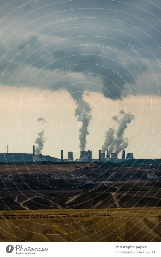 So werden Wolken geboren Industrie Energiewirtschaft Kernkraftwerk Kohlekraftwerk Umwelt Klimawandel dreckig dunkel Umweltverschmutzung Umweltschutz