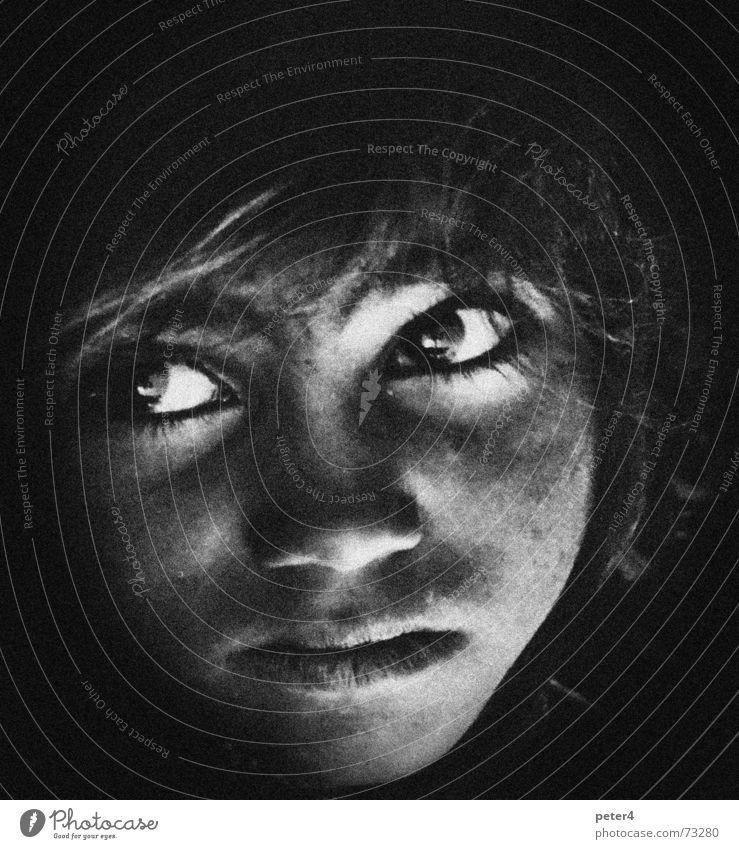 Fremd2 Flüchtlinge fremd heimatlos Auge Schwarzweißfoto mnenschen Armut Gesicht