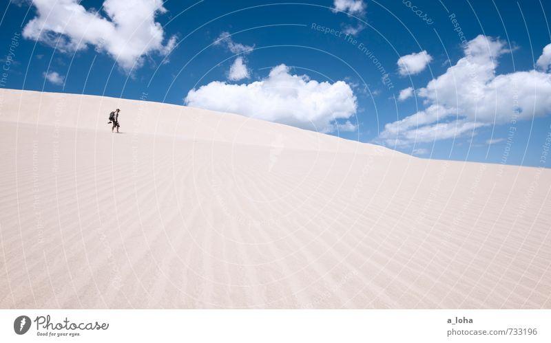All Alone Mensch Himmel Natur Ferien & Urlaub & Reisen Sommer Meer Einsamkeit Landschaft Wolken Ferne Strand Wege & Pfade Linie gehen Sand maskulin