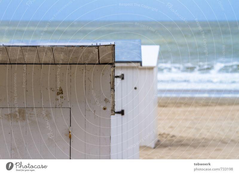 Strandkabinen Nordsee Ostsee Meer Schwimmen & Baden Erholung blau Farbfoto Außenaufnahme Menschenleer Tag