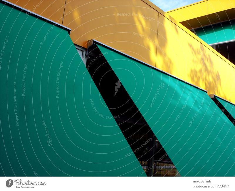 BEWARE OF THE SUN   sonnenschutz sonnendeck gelb türkis cyan Sonne gelb Statue türkis Sonnenschirm Schutz Sonnenblende Sonnendeck