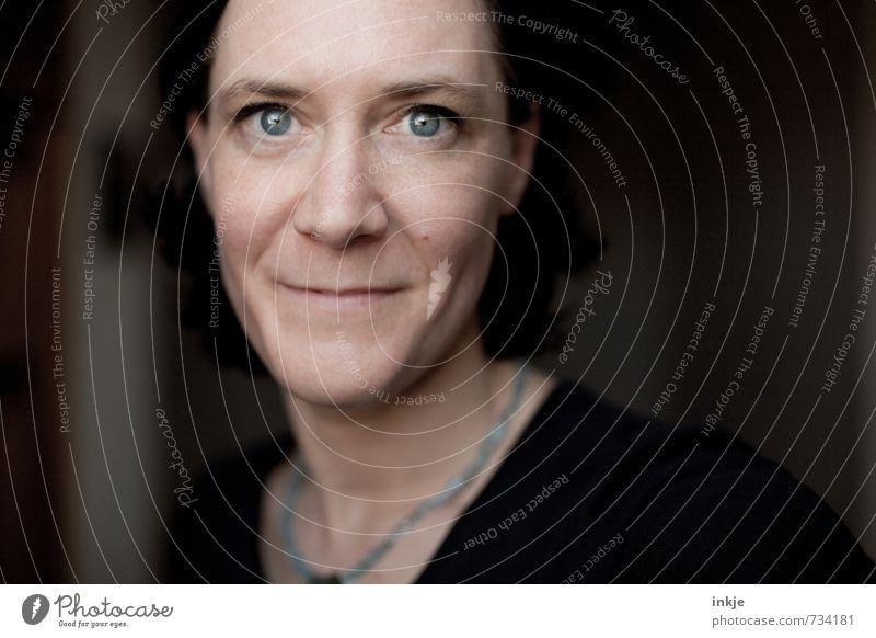 twins | Lifestyle Stil Frau Erwachsene Leben Gesicht 1 Mensch 30-45 Jahre Lächeln Blick authentisch einfach Freundlichkeit schön einzigartig Gefühle Stimmung