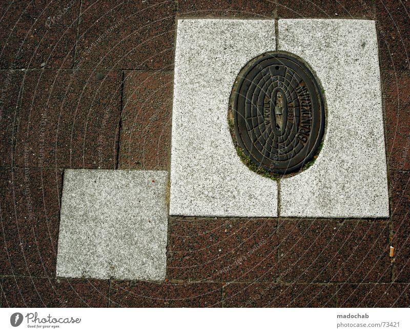 QUADRATUR DES KREISES Gully Quadrat Oval unten Lager Drachenfliegen Feuerzeug weiß schick Straße Bodenbelag ground Bunker blabla battle begins....