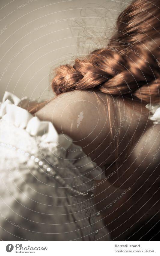 forever is a long time II Mensch Jugendliche schön weiß Junge Frau 18-30 Jahre Erwachsene Traurigkeit feminin Haare & Frisuren außergewöhnlich braun elegant