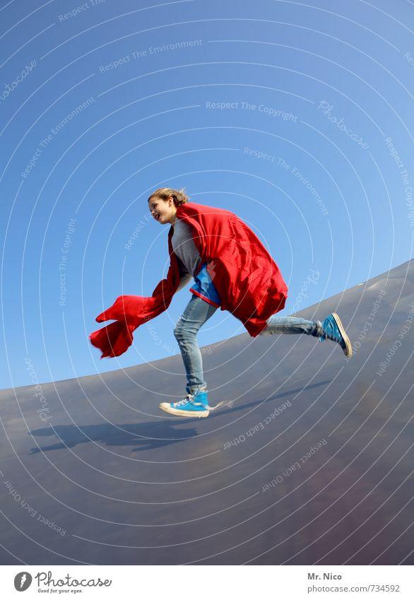 supergirl II Lifestyle Spielen Halfpipe feminin Mädchen 1 Mensch 8-13 Jahre Kind Kindheit Wolkenloser Himmel Schönes Wetter Stoff laufen rot Freude Glück
