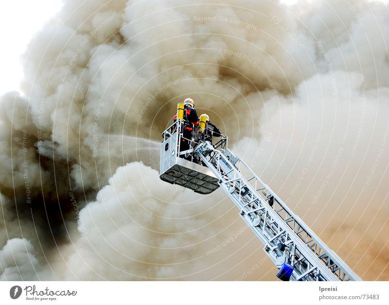 Firefighting grau schwarz Brand Rauch Feuerwehr Leiter