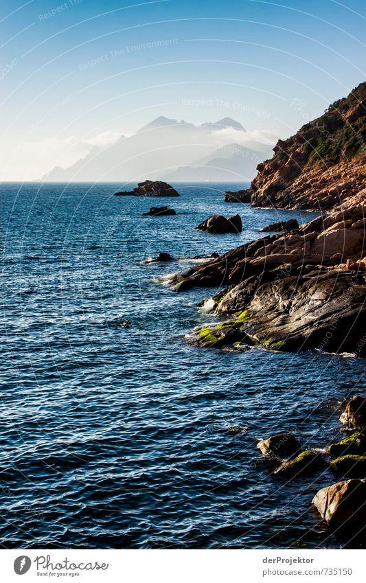 Von den Bergen ans Meer Natur Ferien & Urlaub & Reisen Pflanze Sommer Landschaft Ferne Umwelt Berge u. Gebirge Gefühle Küste Glück Felsen Stimmung Wellen