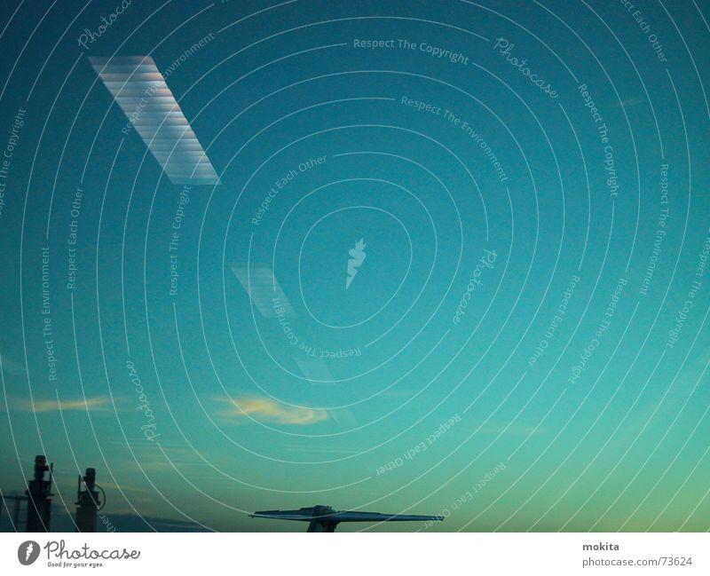 El Paso Himmel blau Wolken gelb Landschaft Flugzeug Schornstein Farbverlauf