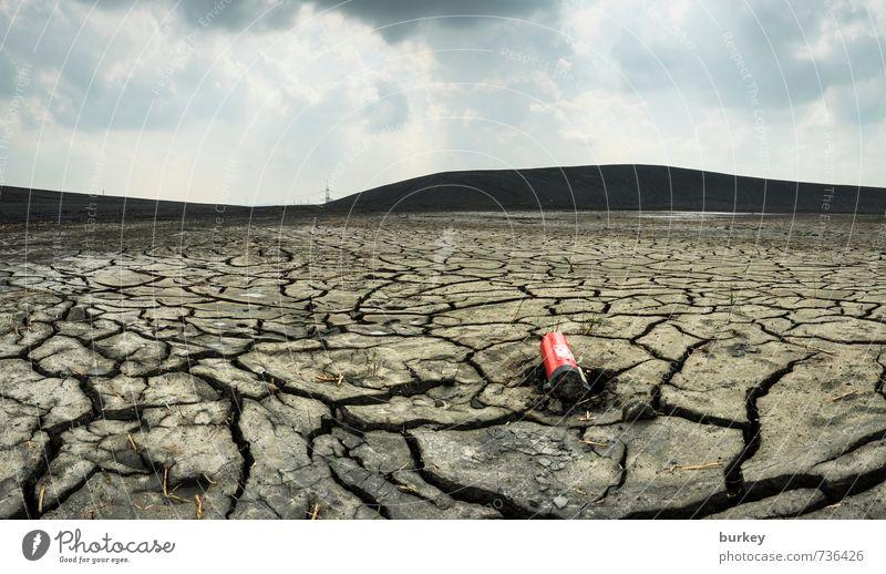 Durst alt Einsamkeit Landschaft Traurigkeit grau träumen Erde trist bedrohlich kaputt Unendlichkeit Trauer trocken Wüste Verzweiflung Sorge