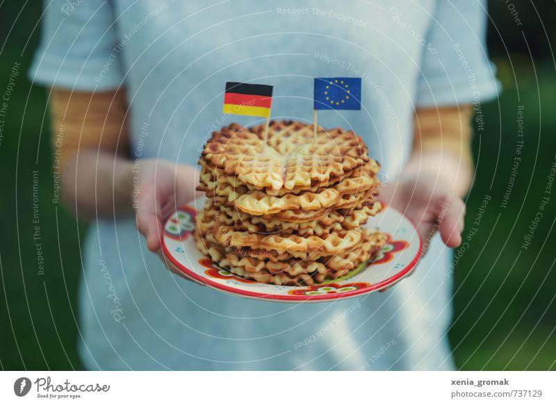 Waffeln Mensch Sommer Sonne Gefühle Spielen Feste & Feiern Lebensmittel Deutschland Lifestyle Freizeit & Hobby Kindheit Ernährung Ausflug Europa genießen süß