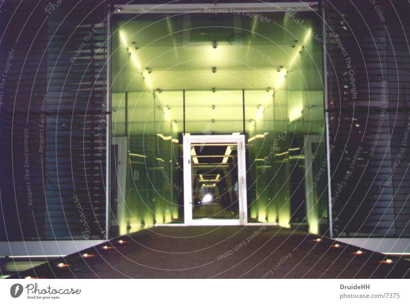 Raumschiff Eingang Licht Spiegel Haus Architektur UFO