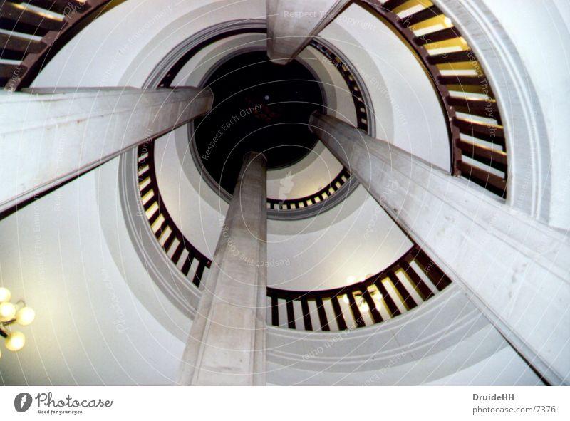 Treppenhaus Architektur Treppe Geländer Säule Am Rand