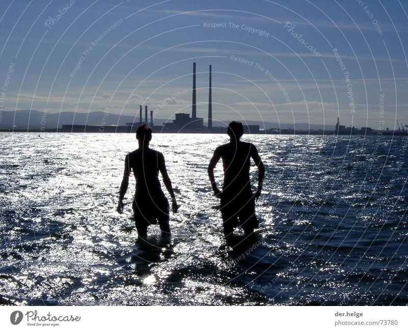 dubbidub Mann Meer Freiheit Freundschaft Zukunft Industriefotografie Auslöser Zufall Dublin Wasserstraße
