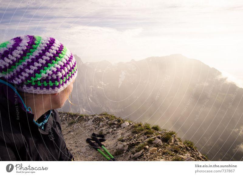 wandern putzt die seele... Frau Natur Jugendliche Junge Frau Landschaft 18-30 Jahre Ferne Erwachsene Umwelt Berge u. Gebirge Leben feminin Freiheit Felsen