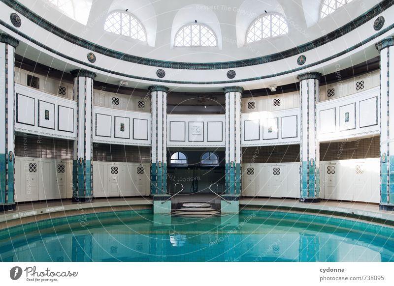 HALLE/S TOUR | Baden mit Stil schön Wasser Einsamkeit Erholung ruhig Senior Architektur Gebäude Schwimmen & Baden Zeit Gesundheit träumen elegant Design Idylle