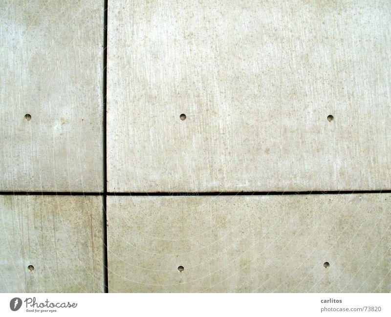 Kontrastprogramm I kalt grau Beton Rücken graphisch vertikal horizontal steril unpersönlich