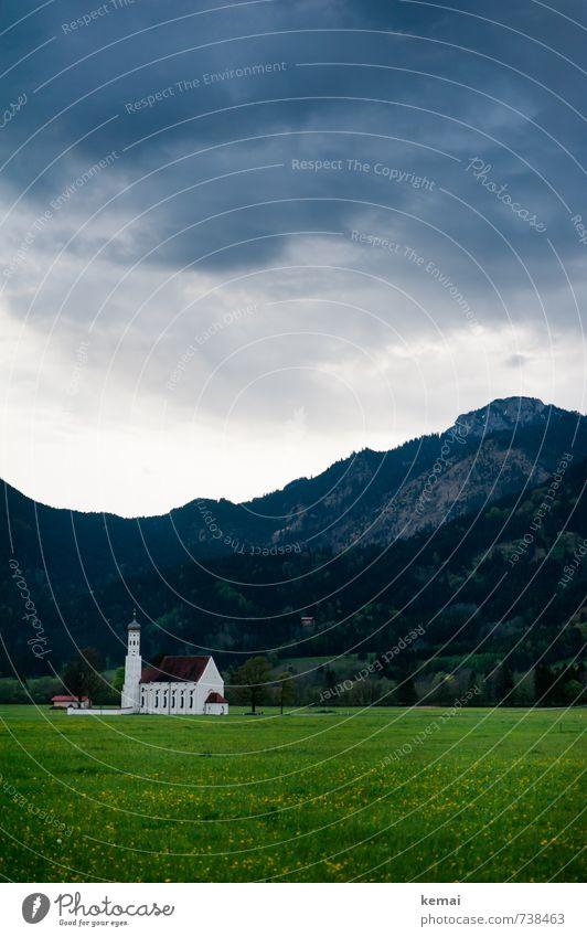 St. Coloman Kirche Sankt Coloman Allgäu Umwelt Natur Landschaft Himmel Wolken Gewitterwolken Frühling Unwetter Sturm Gras Wiese Wald Hügel Berge u. Gebirge
