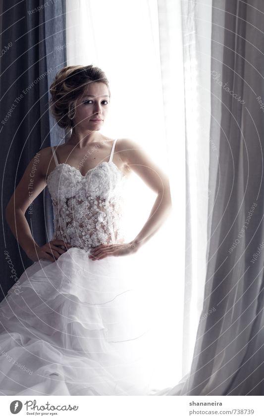 when the hair is good. Erotik Stimmung elegant Romantik Hochzeit Kleid Partnerschaft Braut Entschlossenheit Brautkleid