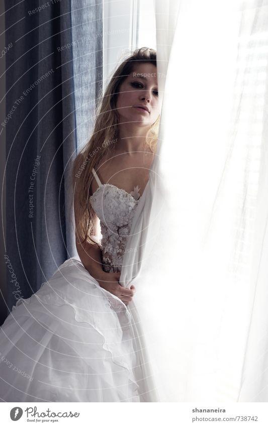 what is it good for? Erotik Liebe Mode elegant blond ästhetisch Romantik Hochzeit Kleid langhaarig Treue Braut Brautkleid Heiratsantrag Tüll